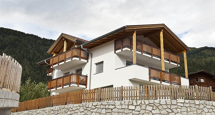 Haus gugges mader immobilien for Piani casa tetto a passo singolo